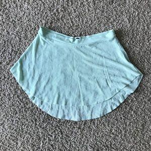 Bullet Pointe Skirt